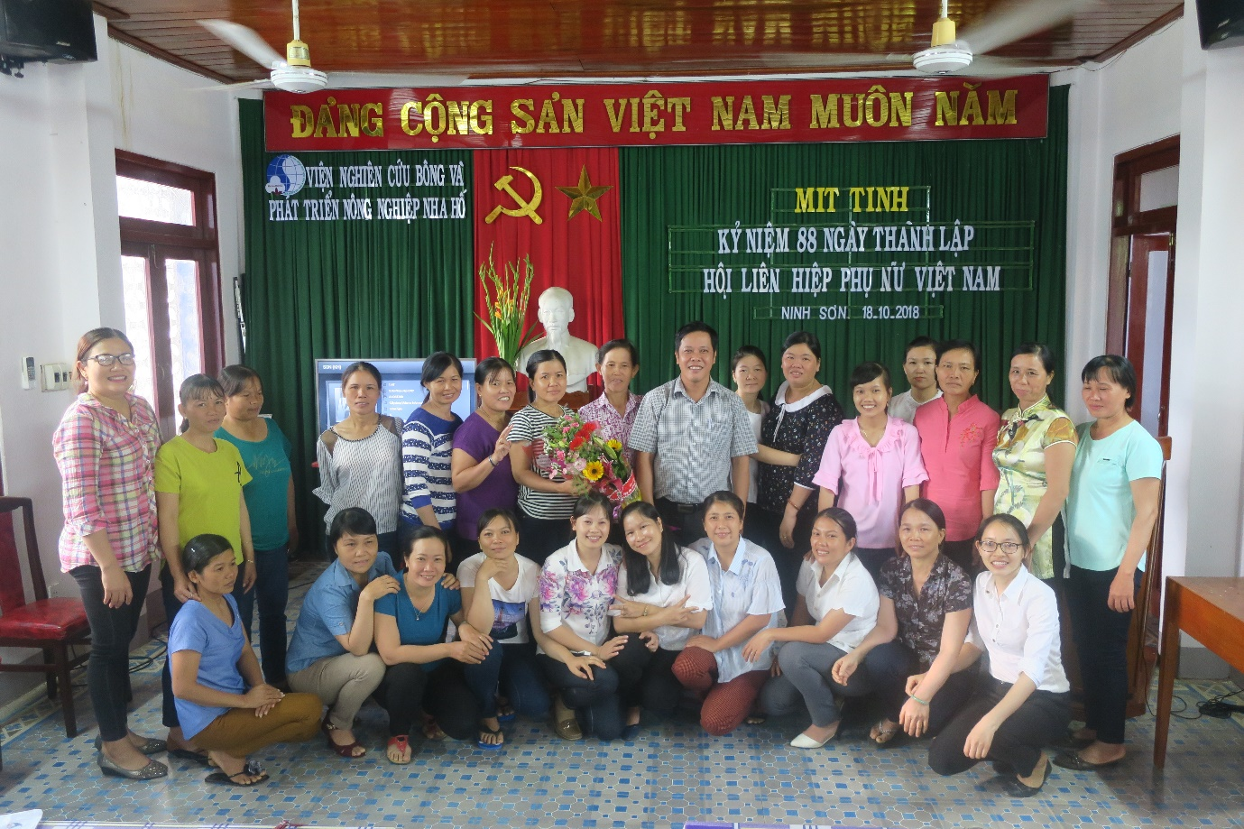 Lễ mitting kỷ niệm 88 năm ngày thành lập Hội LHPN Việt Nam