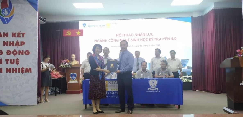 Lễ ký kết Thỏa thuận hợp tác giữa Trường Đại học Nguyễn Tất Thành và Viện Nghiên cứu Bông & Phát triển Nông nghiệp Nha Hố