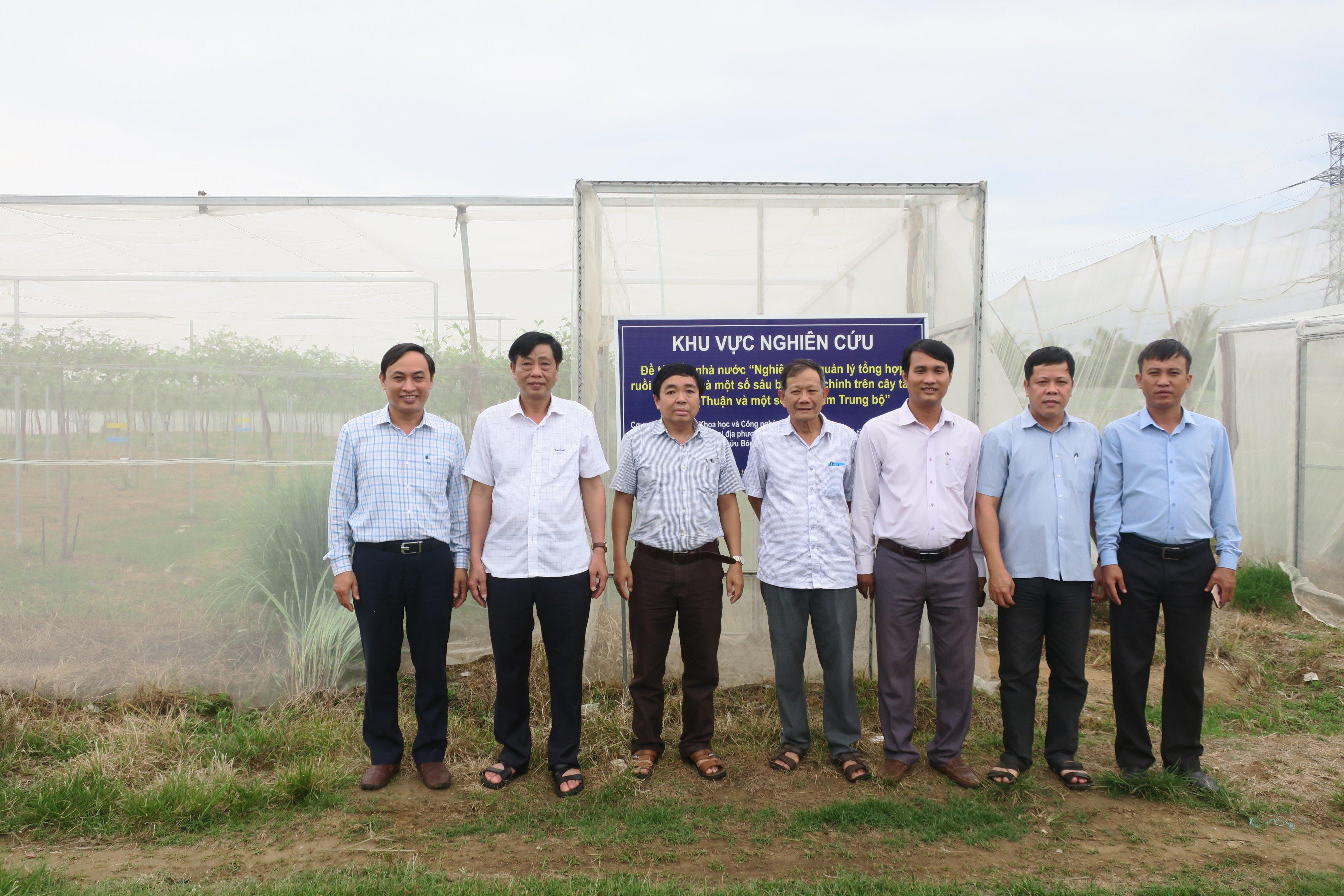 Giám đốc Sở Nông nghiệp & Phát triển nông thôn Ninh Thuận  thăm và làm việc với  Viện Nghiên cứu Bông & PTNN Nha Hố về hợp tác nghiên cứu và nhân rộng một số mô hình nông nghiệp ứng dụng CNC giai đoạn 2021 – 2035