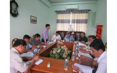 Viện Nghiên cứu Bông và Phát triển nông nghiệp Nha Hố hợp tác phát triển nông nghiệp với huyện Đức Linh