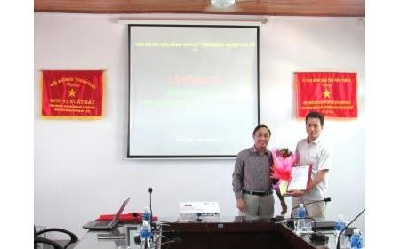 Lễ công bố và trao quyết định bổ nhiệm Phó Giám đốc Trung tâm Sản xuất giống cây trồng Nha Hố